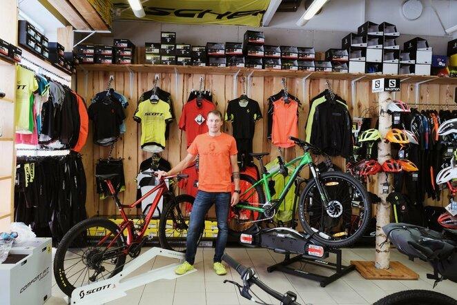 E.Gudiškis atskleidė, kuo skiriasi MTB maratonui skirtas dviratis nuo paprasto | Organizatorių nuotr.