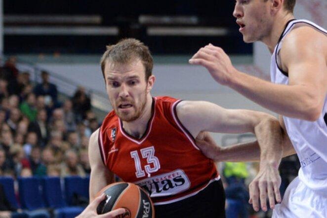 M.Gecevičius sugriebė net 8 atšokusius kamuolius (Fotodiena.lt)