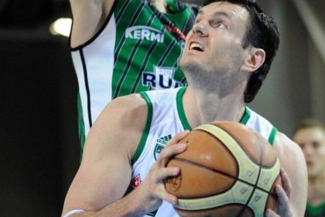D.Lavrinovičius LKL finalo paskutiniame mače patyrė nugaros traumą (Fotodiena.lt)