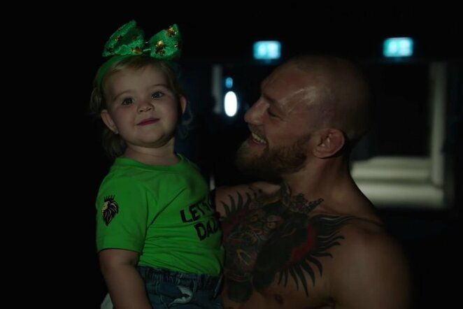 Conoras McGregoras su dukrele | Youtube.com nuotr.