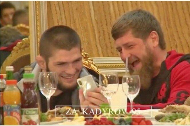 Chabibas Nurmagomedovas ir Ramzanas Kadyrovas   Youtube.com nuotr.