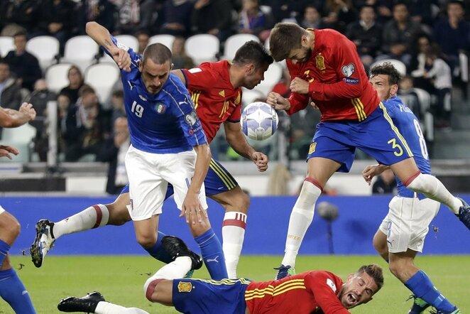 Italijos – Ispanijos rungtynių akimirka | Scanpix nuotr.