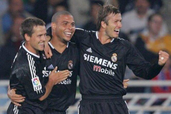 """Michaelas Owenas, Ronaldo ir Davidas Beckhamas   """"Twitter"""" nuotr."""