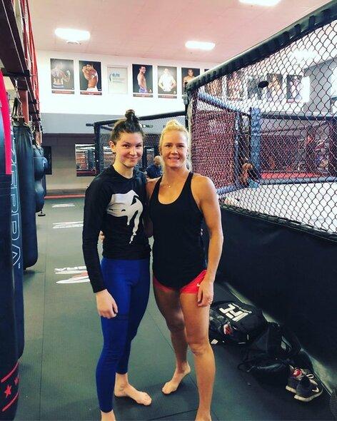 Ernesta Kareckaite ir Holly Holm | Instagram.com nuotr