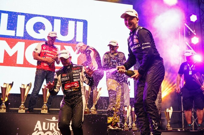 """""""Aurum 1006 km lenktynių"""" finišas ir podiumas   Eriko Ovčarenko / BNS foto nuotr."""