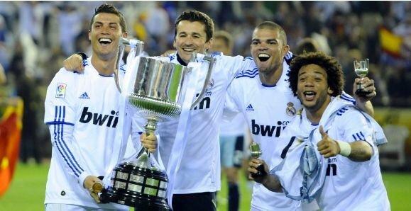"""Pirmasis C.Ronaldo trofėjus su """"Real"""" ekipa   """"Twitter"""" nuotr."""
