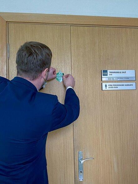 Paralimpiečių gilė papuošė Vytauto Didžiojo universiteto Sporto centrą | Paralympics.lt nuotr.