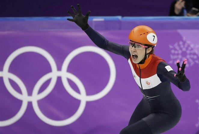 Moterų greitojo čiuožimo trumpuoju taku 1000 m rungtis   Scanpix nuotr.