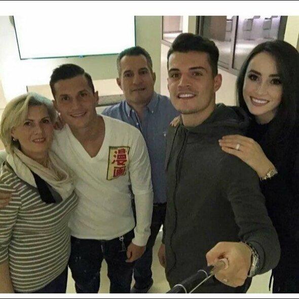 Xhakų šeima   Instagram.com nuotr