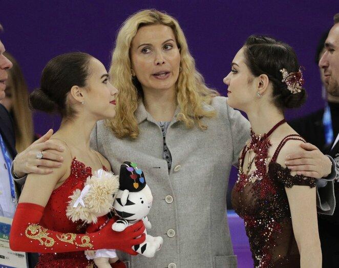 Moterų dailusis čiuožimas   Scanpix nuotr.